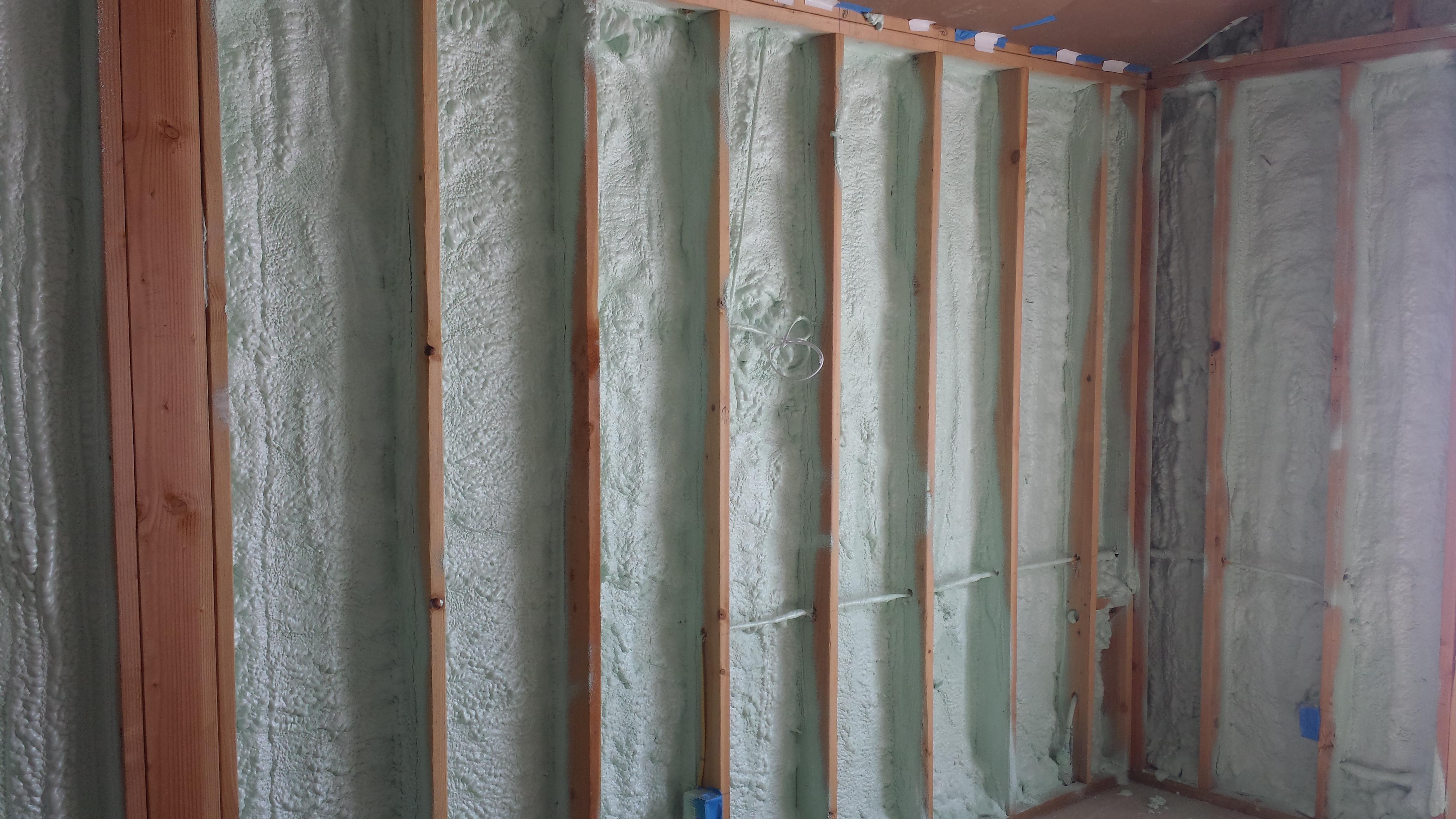 Foam Insulation - Spray Foam Rental Equipment